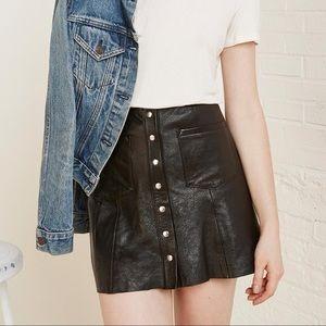 Reformation 100% leather black Tucson skirt 🖤🔥